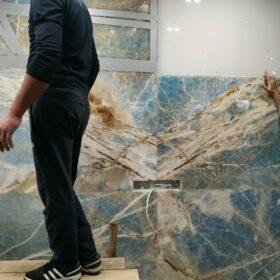 Облицовка стены натуральный камень